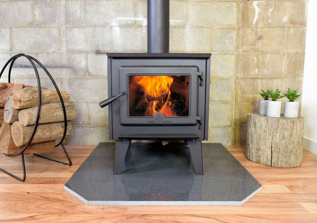 True North Tn20 Wood Heater Heats 200 M2 Hearns